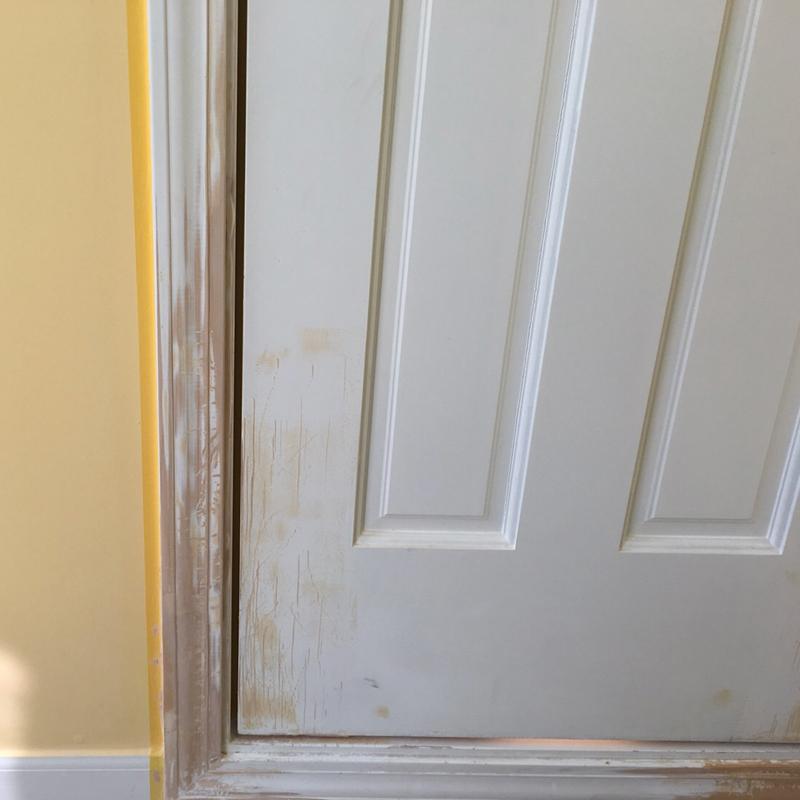 一軒家のドアと枠の補修