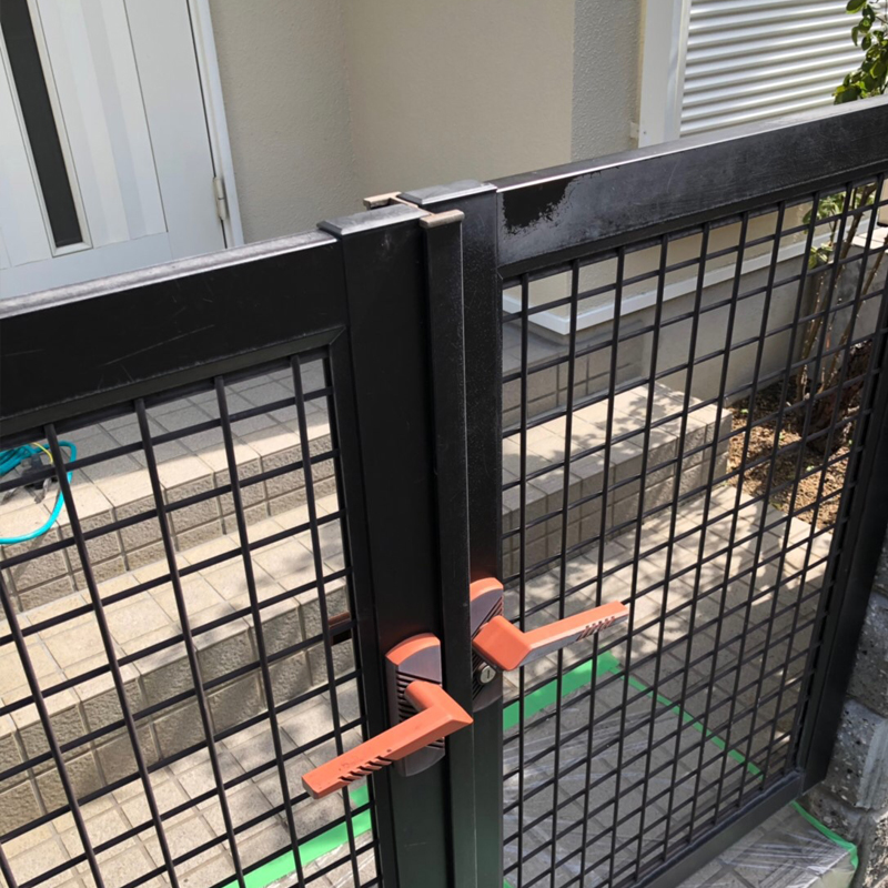 門の再塗装
