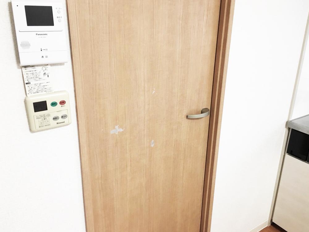 室内ドア補修前