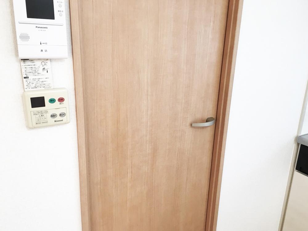室内ドア補修後