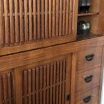 キズやめくれができてしまった大切な家具。補修で直すことができます。