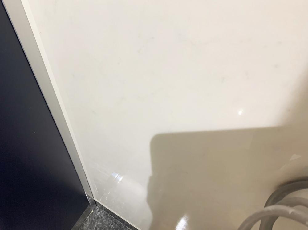 トイレパネルの傷-修理後