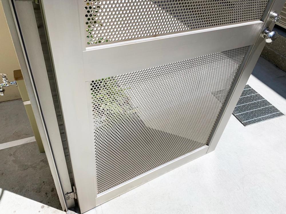 スチール扉のリペア補修-作業後
