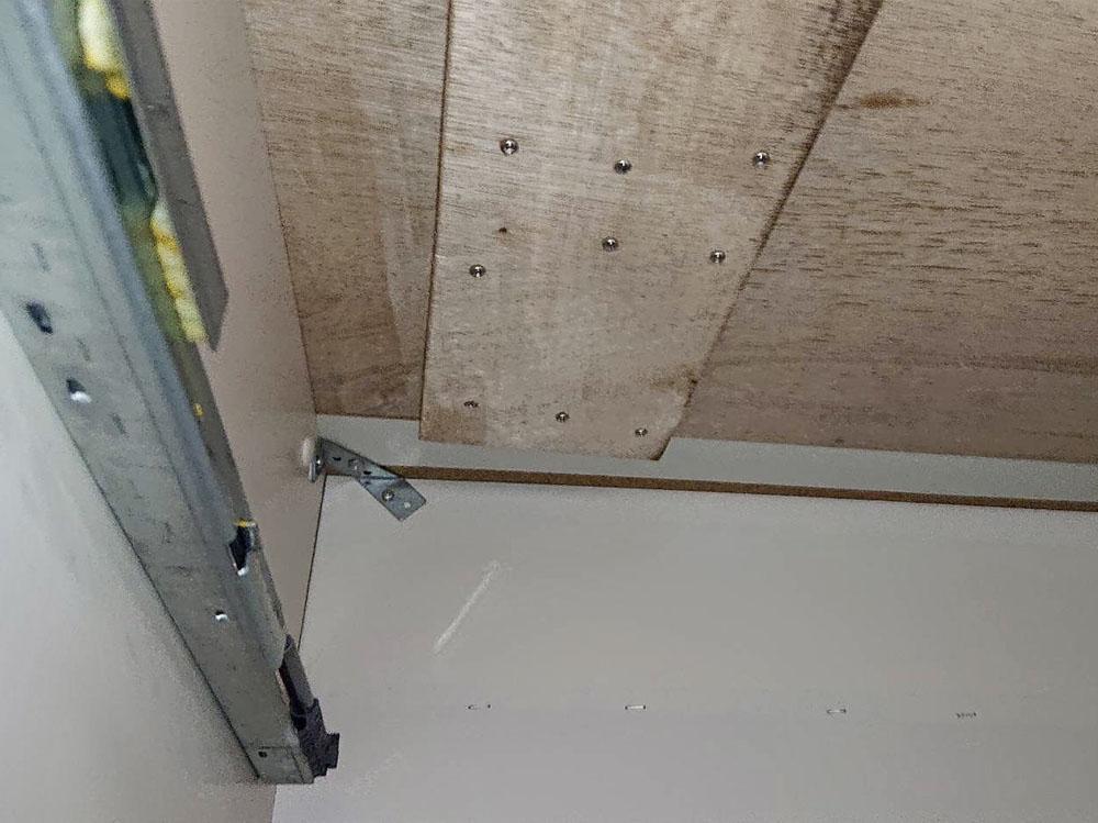 キッチン天板裏側 補修後