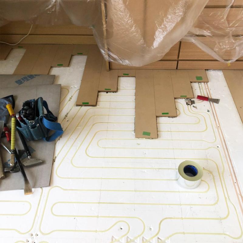 床暖房のフローリング張り替え
